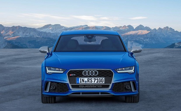 Audi RS7 Front View