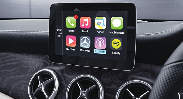 2017 Mercedes-Benz CLA Touch Display