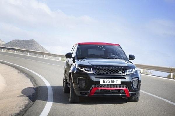 2017 Range Rover Evoque Front View