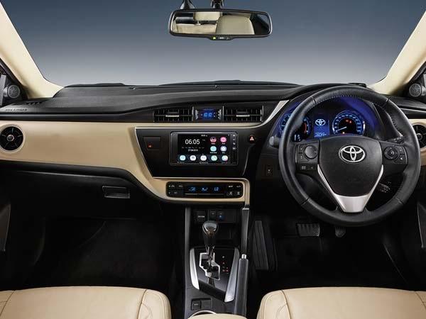 2017 Toyota Corolla Altis Interior
