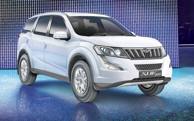 Mahindra XUV 500 Front Low View