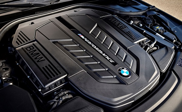 BMW 7 Series M760Li V12 Engine Configuration