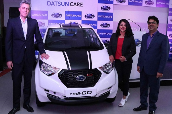 Olympic Medalist Sakshi Malik Buying the Datsun CARE Package