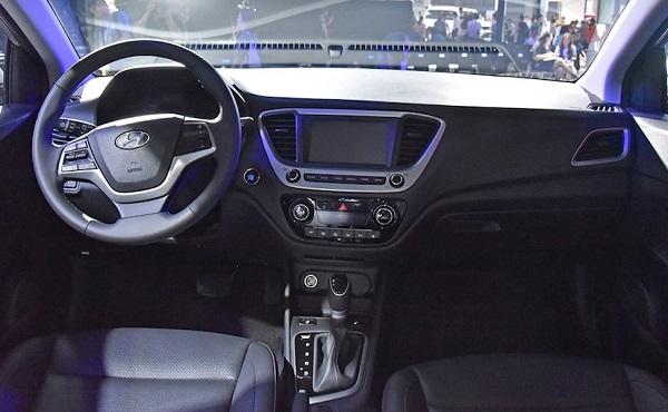 Hyundai Verna Facelift Interiors