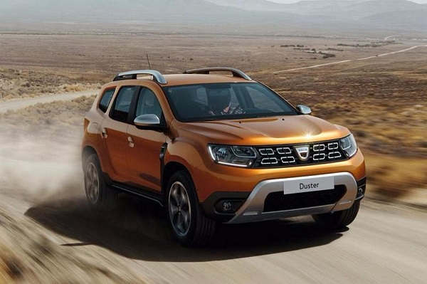 Renault Duster Front Low View