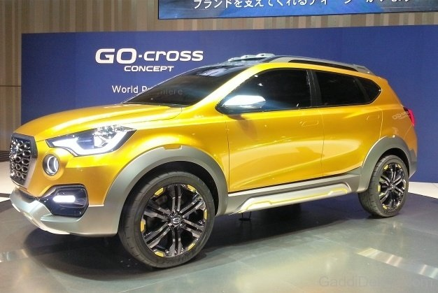 Datsun Go Cross Side View