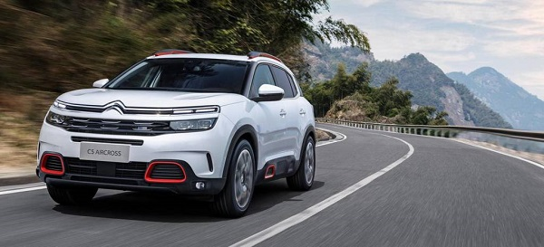 Citroen C5-AirCross Front Low View