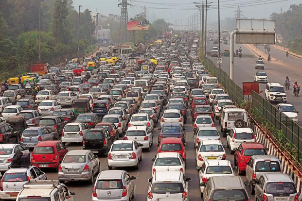 Traffic In Metro Cities (Gurgaon-Delhi Highway)