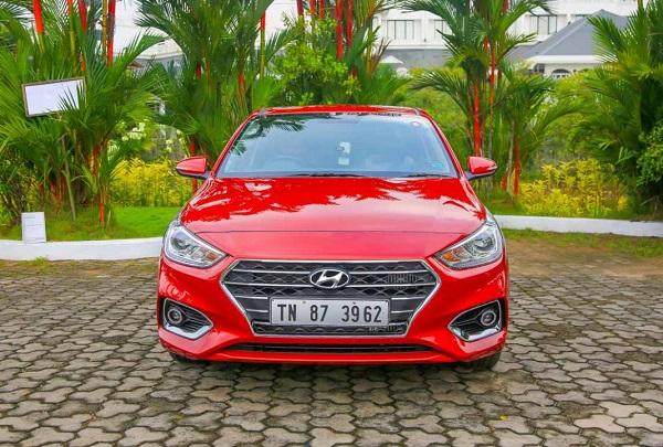 Hyundai Verna Front View