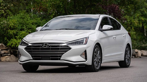 New Hyundai Elantra Being Tested On Indian Roads