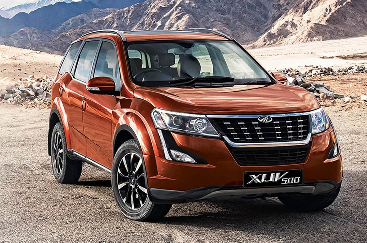 Mahindra XUV500 Front Low Angle View