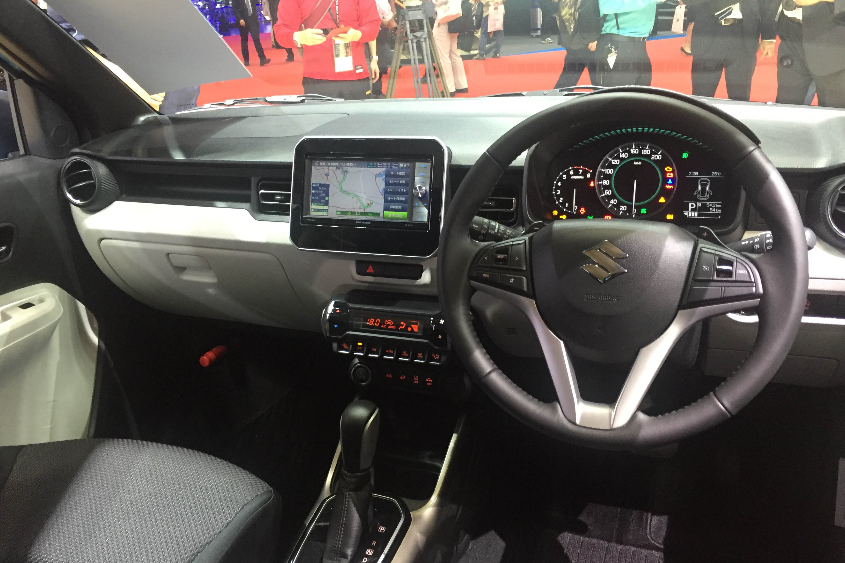 Suzuki Ignis Interiors