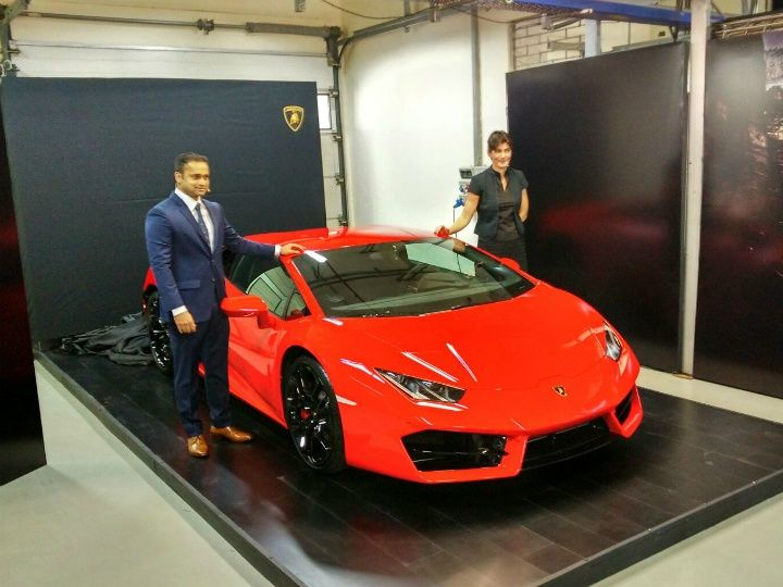 lamborghini huracan lp 580 2 launched in india priced at rs crore. Black Bedroom Furniture Sets. Home Design Ideas