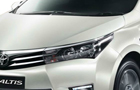 Toyota Corolla Altis Head Light Picture