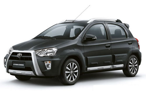Toyota Etios Cross Front Side View Picture