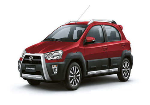 Toyota Etios Cross Front View Side Picture