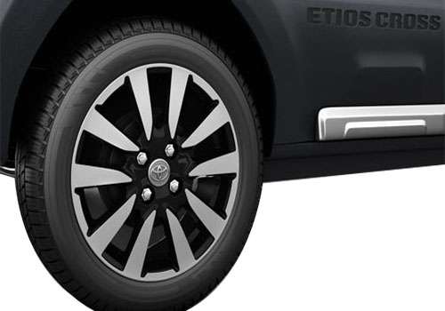 Toyota Etios Cross Wheel and Tyre Exterior Picture