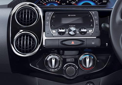 Toyota Etios Cross Rear AC Control Interior Picture