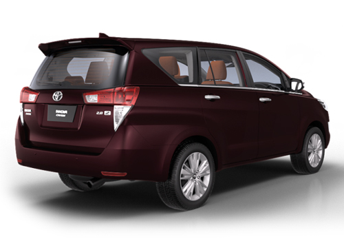 Toyota Innova Crysta Rear Angle View Exterior Picture
