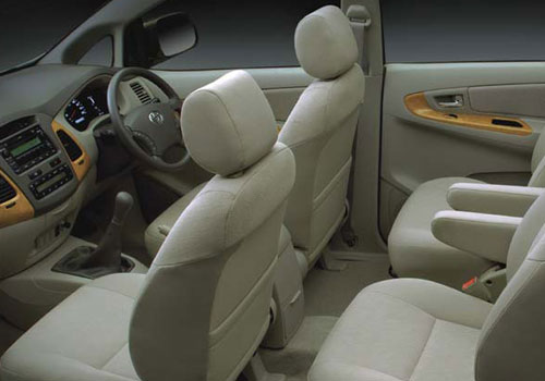 Toyota Innova Front Seat Picture