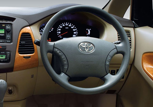 Toyota Innova Steering Wheel Interior Picture