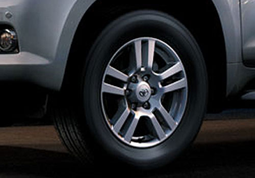 Toyota Land Cruiser Prado Wheel and Tyre Exterior Picture