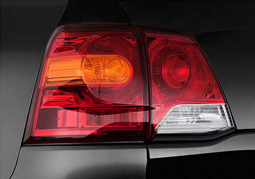 Toyota Land Cruiser Tail Light Exterior Picture