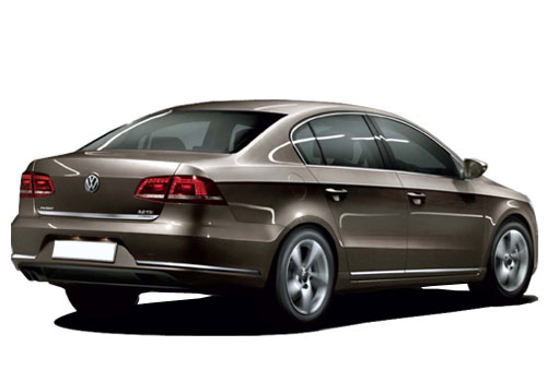 Volkswagen Passat Rear Angle View Exterior Picture