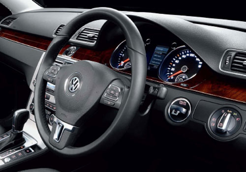 Volkswagen Passat Steering Wheel Interior Picture