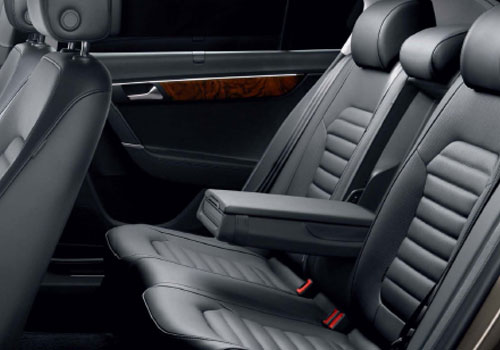 Volkswagen Passat Rear Seats Picture