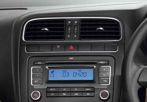 Volkswagen Polo Front AC Controls Interior Picture