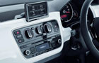 Volkswagen Up Stereo Picture