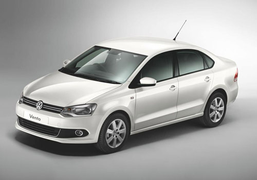 Volkswagen Vento Front Side View Picture