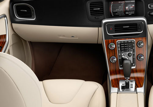 Volvo S60 Dashboard Cabin Interior Picture