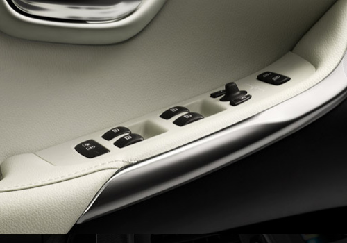 Volvo V40 Driver Side Door Control Interior Picture