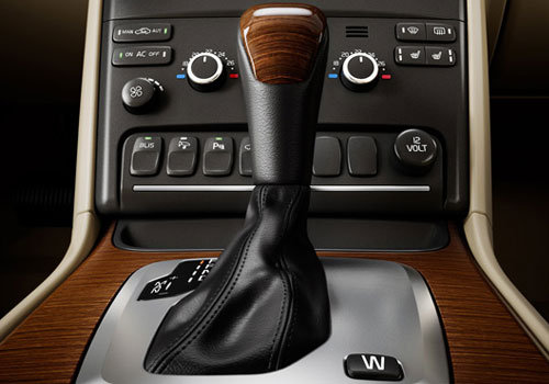 Volvo XC90 Gear Knob Interior Picture