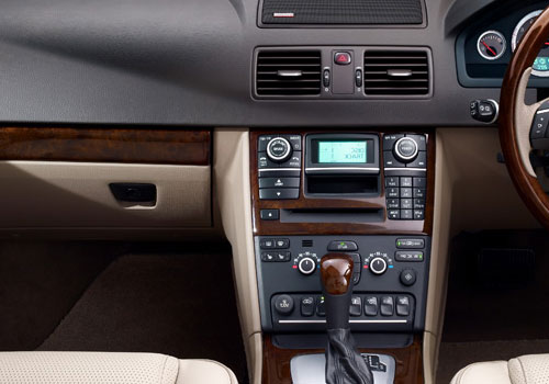 Volvo XC90 Front AC Controls Interior Picture