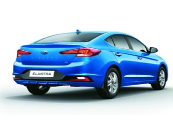 Hyundai India Initiates The Bookings Of Facelift Elantra