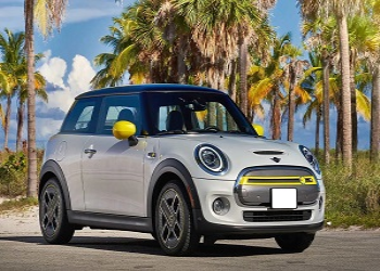 MINI Cooper Ready To Launch Its First Electric Car SE In India